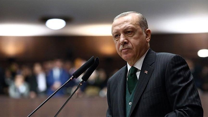 Erdoğan'a şok! İzinsiz afişleri toplatıldı