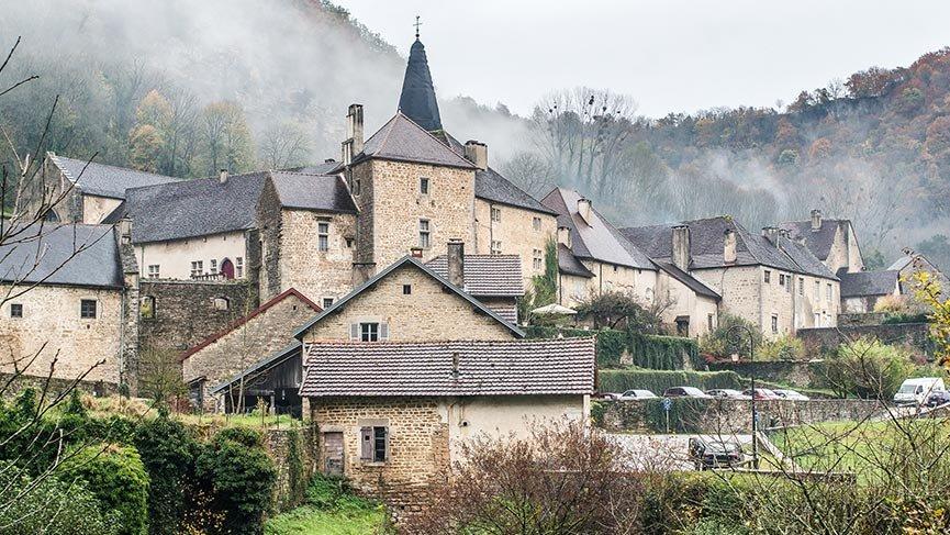 Fransa'nın doğası ve tarihi ile meşhur gizemli cennetleri