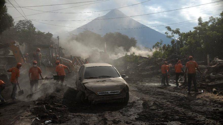 Volkan faciasında ölü sayısı her geçen saat artıyor