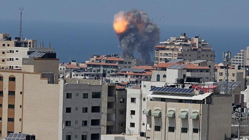 İsrail açıkladı: Gazze'yi vurduk