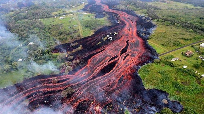 Hawaii'de yıkım sürüyor…