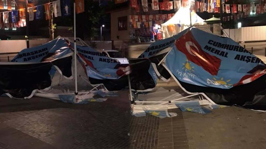 Bursa'da İYİ Parti standına saldırı gerçekleştirildi