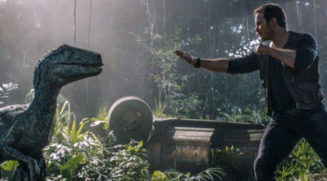 Dinozorlu felaket filmi
