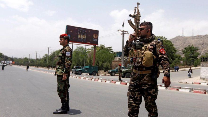 Kabil'de bombalı saldırı: Ölü ve yaralılar var