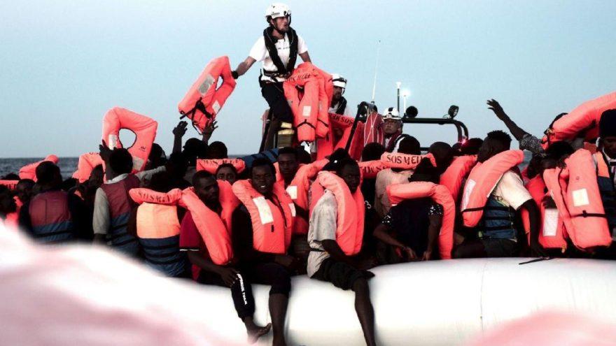 İnsanlık ölmüş… İtalya ve Malta 629 mülteciyi Akdeniz'de bıraktı