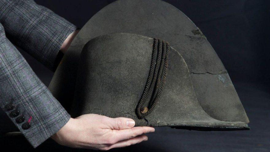Napolyon'un şapkası açık artırmada satıldı… Tahminlerin 10 katı fiyat