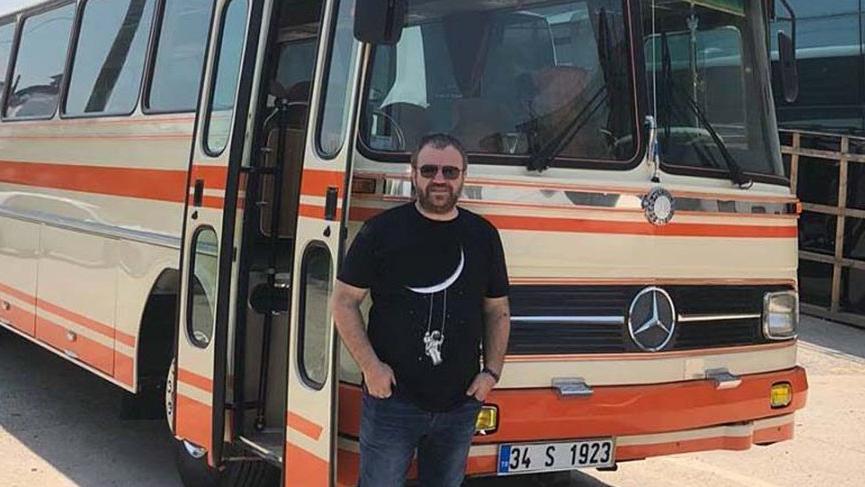 Nihat Sırdar, çocukluk hayali olan otobüse kavuştu!