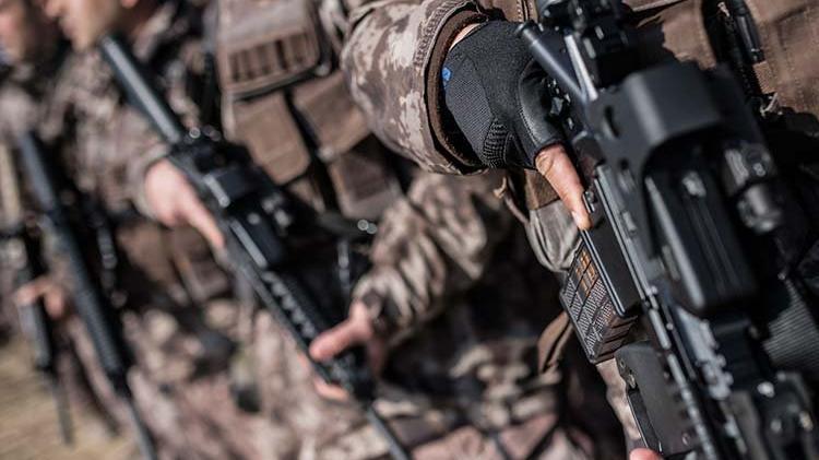 Bitlis'te Uzman Çavuş'u şehit eden 3 terörist öldürüldü