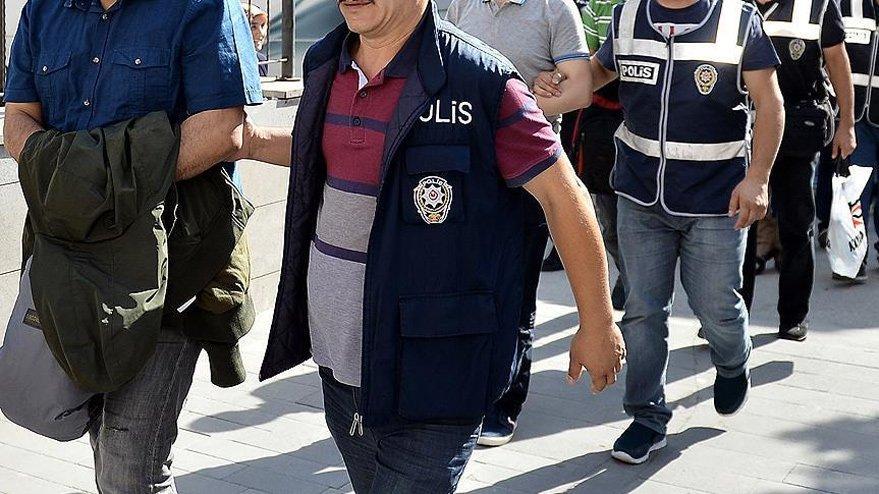 Adana'da sosyal medyadan terör propagandasına yönelik operasyon