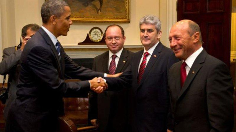 Eski siyasetçinin Obama montajı ortalığı karıştırdı