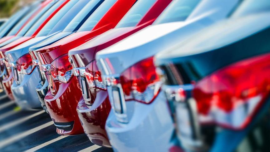Otomobil ve hafif ticari satışlarında büyük düşüş