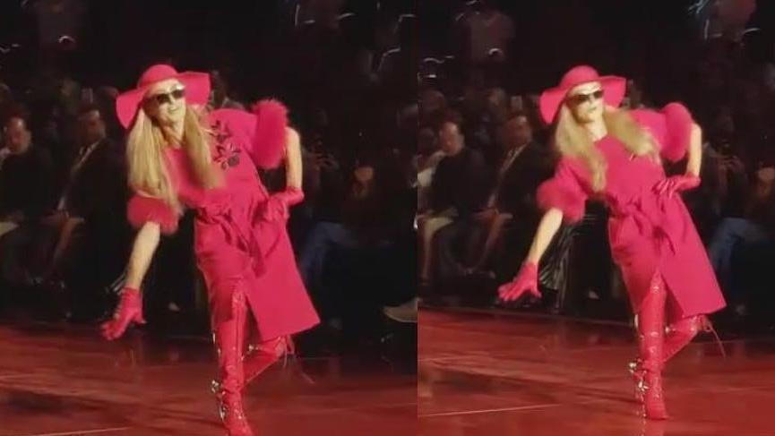 Paris Hilton Antalya'daki defilede podyuma çıktı! Düşme tehlikesi geçirdi