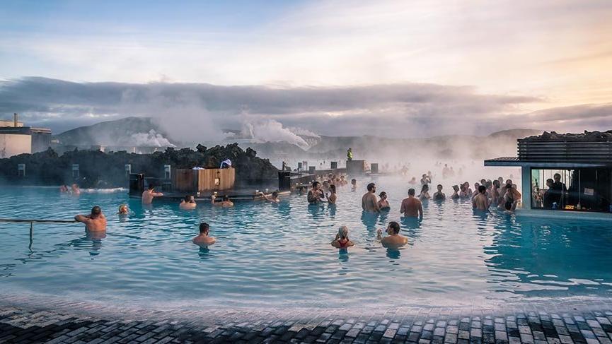 İzlanda'daki kaplıcalarda yapılması ve yapılmaması gerekenler