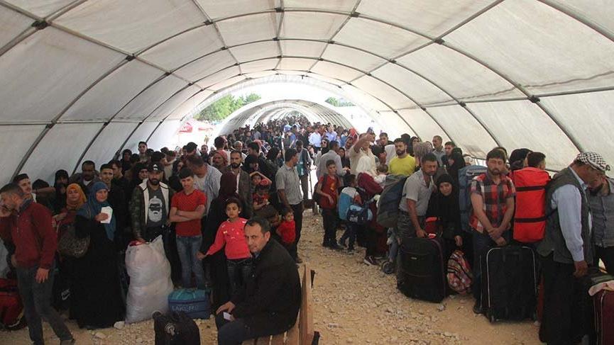 Suriyelilerin bayram için ülkelerine dönüşleri sürüyor