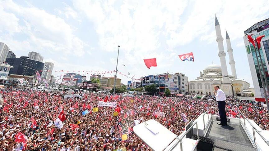 İnce'den Erdoğan'a: Esenyurt'ta 66 kişilik sınıflar var