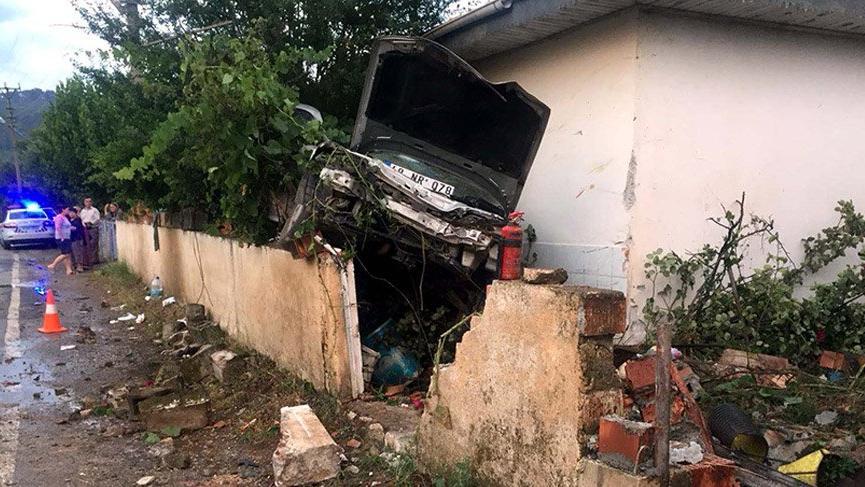 Bayram tatilinde acı kaza bilançosu: 47 ölü, 247 yaralı