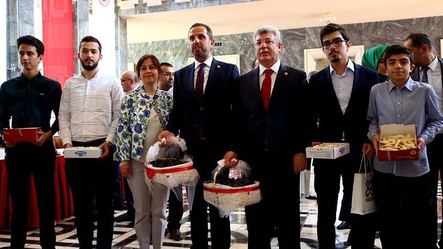 Yeni vekillerden Meclis'e ilk kayıt AKP'den