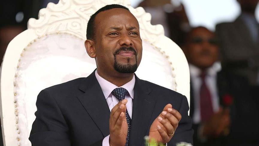 Etiyopya Başbakan'ına el bombalı saldırı