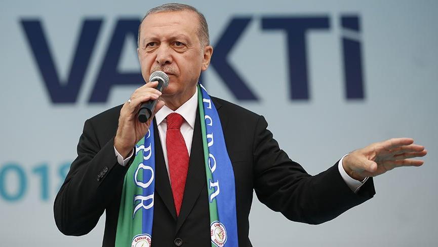 Cumhurbaşkanı Erdoğan Rize'de miting düzenledi