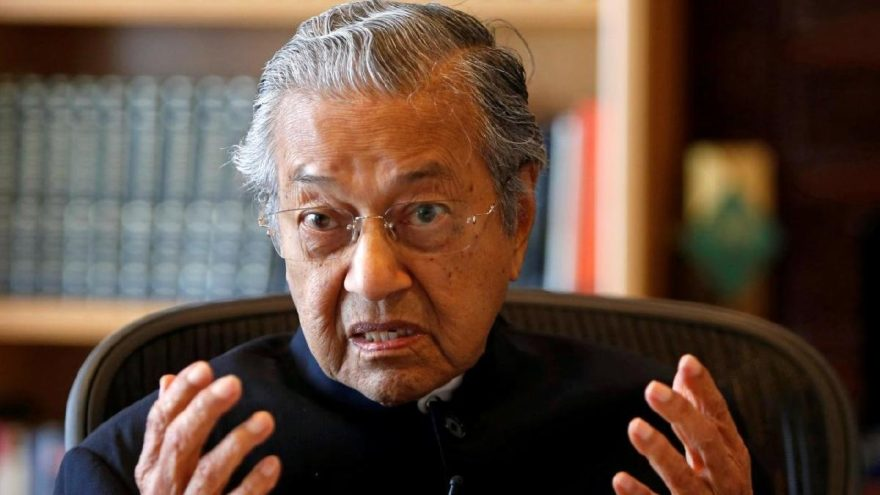 Malezya dış borcu için bankada hesap açtı