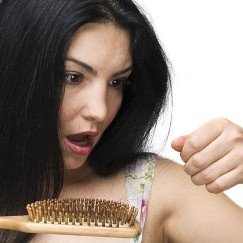 Saç dökülmesine 'Dur' deyin