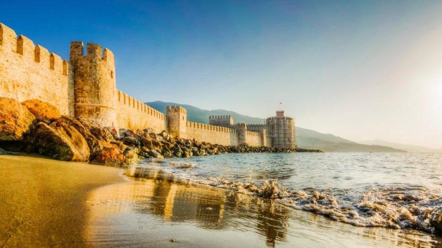 Anamur gezilecek yerler: Tarihi antik çağlara kadar uzanan Anamur'un turistik yerleri…