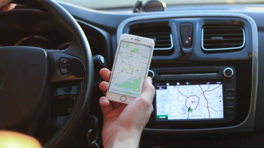 Aracınızda navigasyon yok mu? Artık sorun değil!