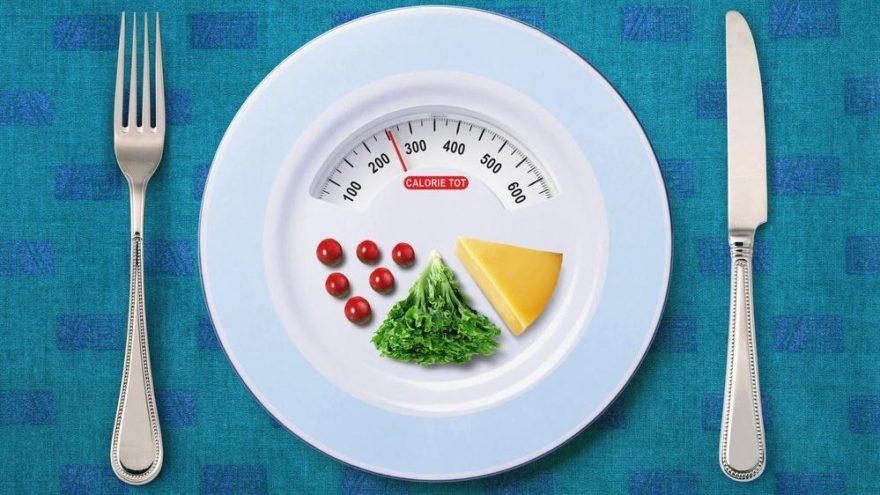 'Kanserden korunmak için yediklerinizin 4'te 1'ini azaltın'