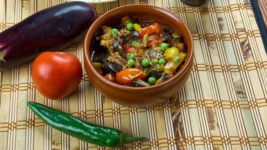 Sebzeli güveç tarifi: Lezzetin sağlıkla buluştuğu sebzeli güveç tarifi…