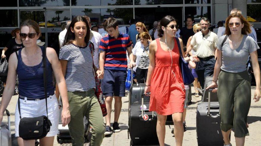 Antalya'ya gelen Rus turist sayısında rekor