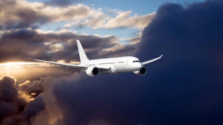 Asılsız bomba ihbarıyla uçağı döndürmüştü… Cezası belli oldu