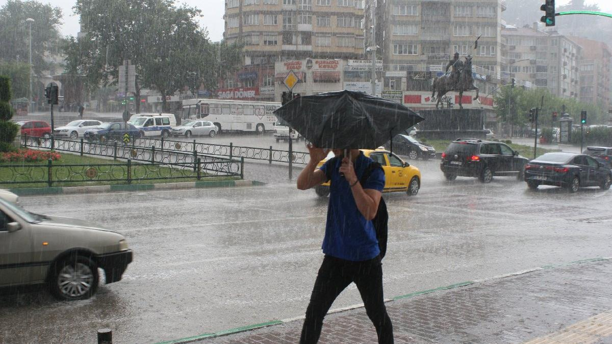 Meteoroloji'den İstanbullulara son dakika gök gürültülü sağanak yağış uyarısı!