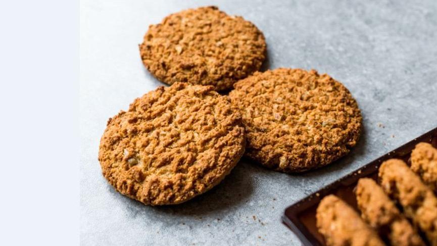 Diyet kurabiye nasıl yapılır? İşte yulaflı ve incirli diyet kurabiye tarifi…