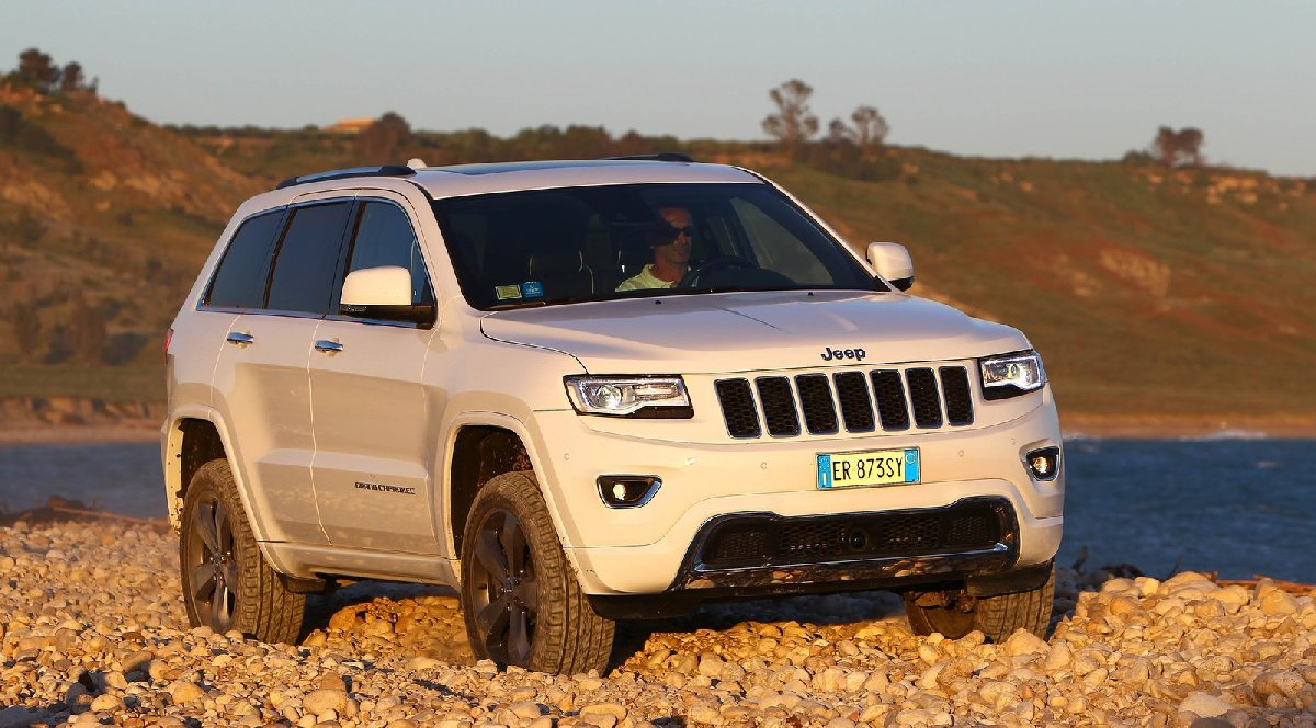jeep-grand_cherokee_eu-version-2014-1600-03-kopya