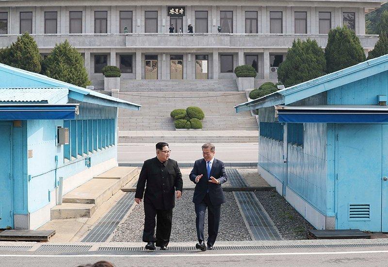 Kuzey Kore ile Güney Kore liderleri geçtiğimiz aylarda bir araya gelmişti.