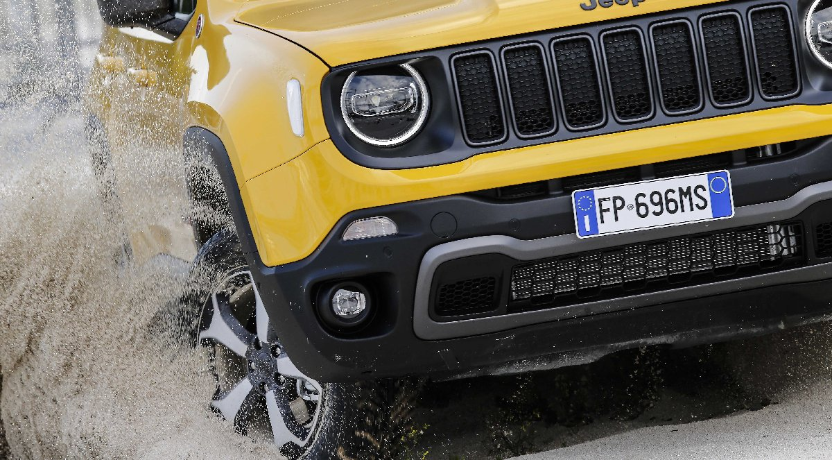 new-jeep-renegade-my19_trailhawk-5-kopya