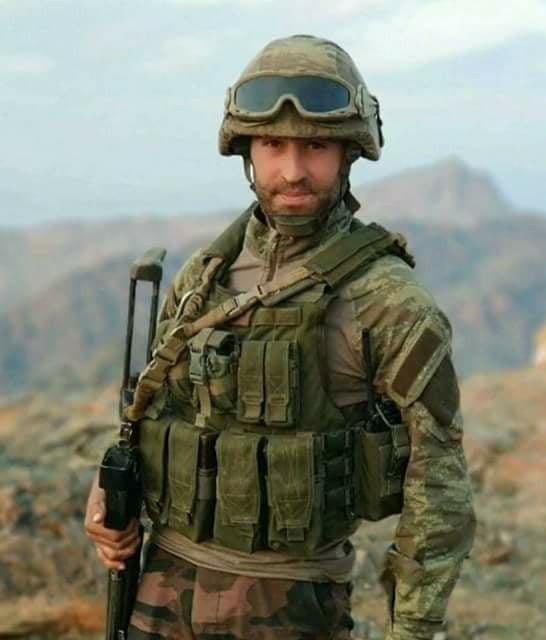 KUZEY IRAK'TA SÜRDÜRÜLEN OPERASYONLAR SIRASINDA PKK'LI TERÖRİSTLERİN SALDIRISINDAN ŞEHİT OLAN 3 ASKERDEN PİYADE UZMAN ÇAVUŞ SEYFETTİN TURAN AKTAŞ