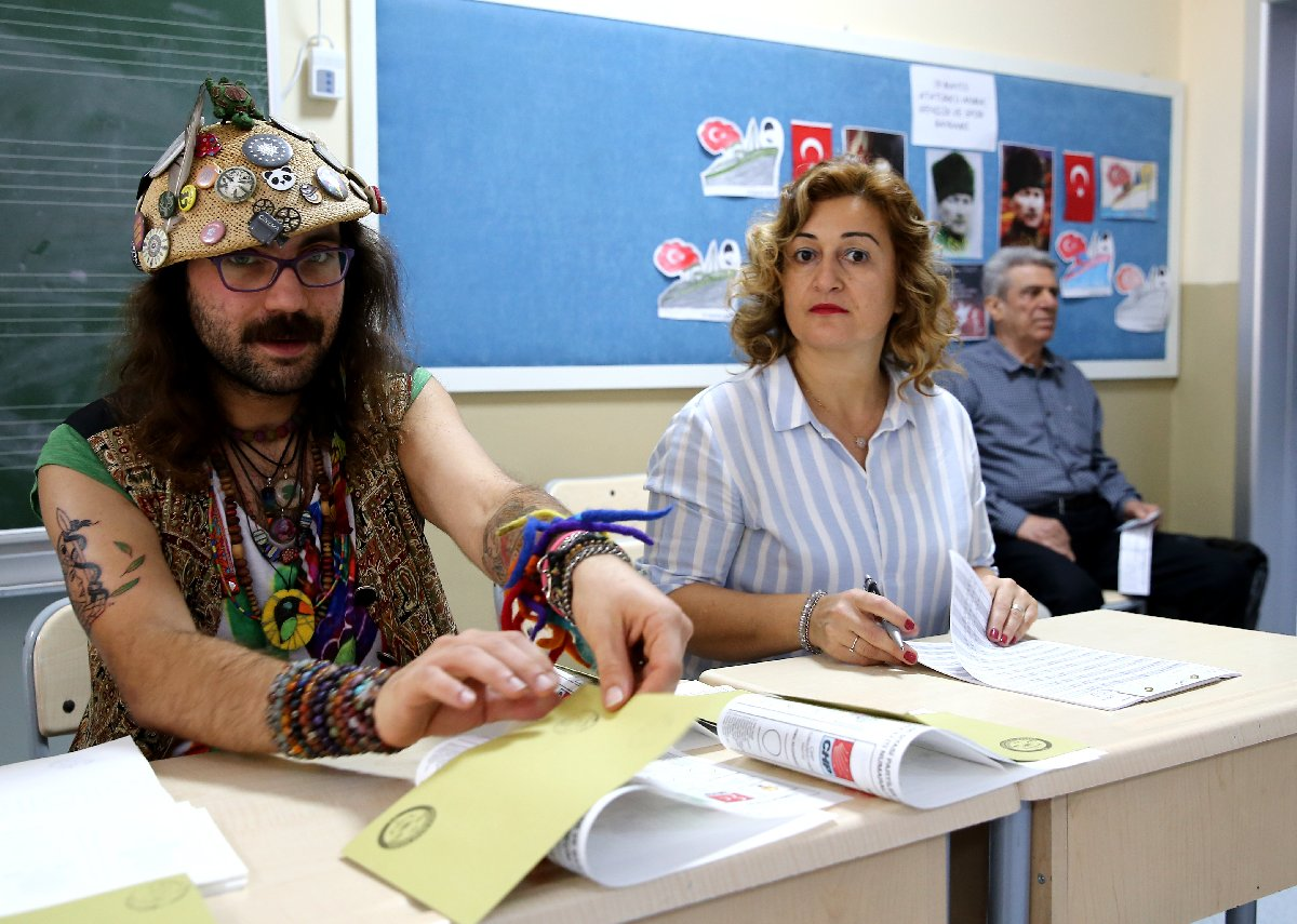 نتيجة بحث الصور عن türkiye  oy verme işlemi başladı 2018