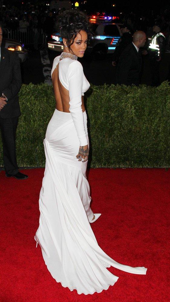 Rihanna, 2014'te düzenlenen Met Gala'da