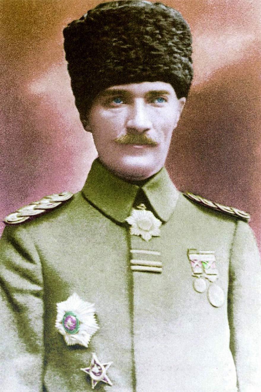 7. Ordu Komutanı Mustafa Kemal