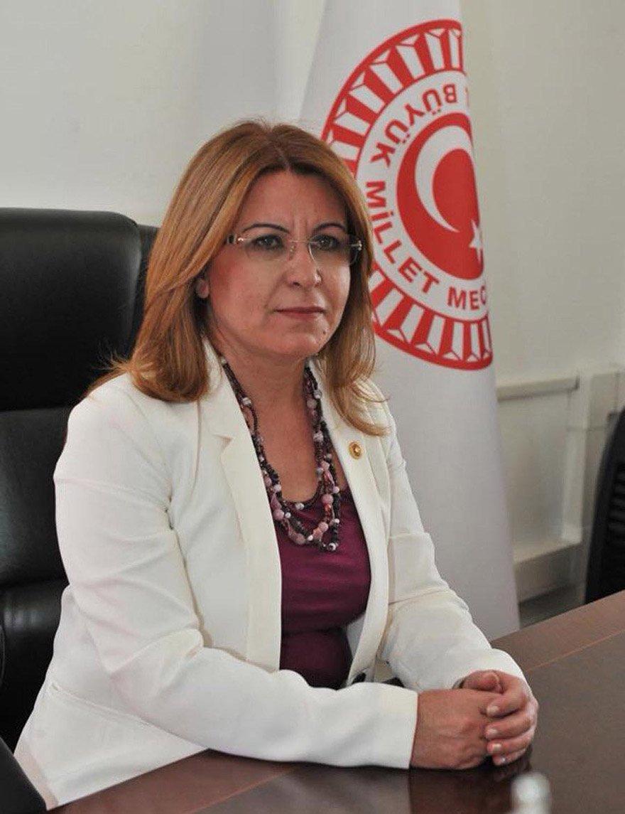 Vekil Gülizar Biçer Karaca