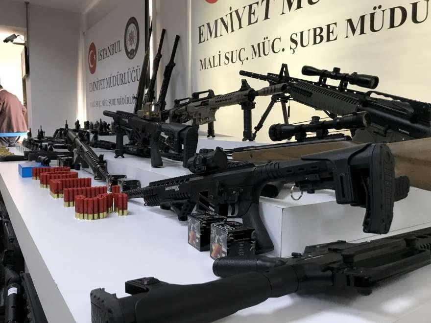 adnan-oktar-silah-foto-sozcu-5