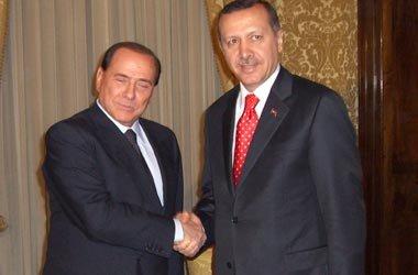 Erdoğan ve Berlusconi iyi bir ilişkiye sahip.