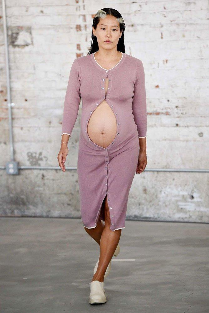 Eckhaus Latta 2018 yaz hamile elbisesi...