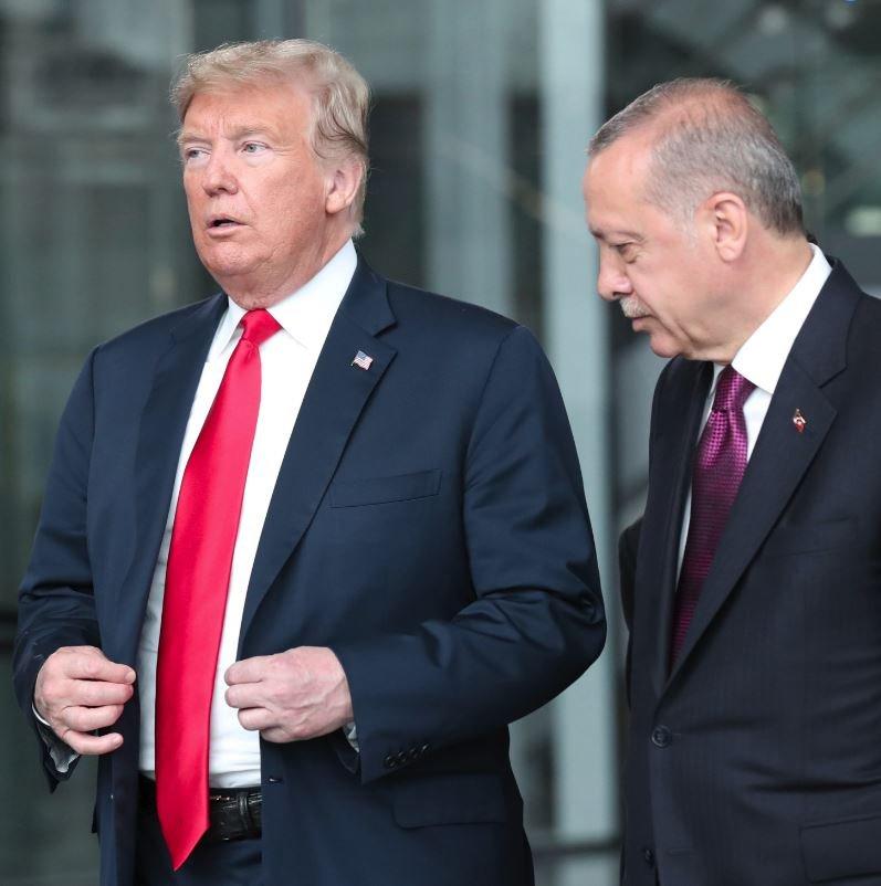 İki lider Brüksel'de sohbet etti.