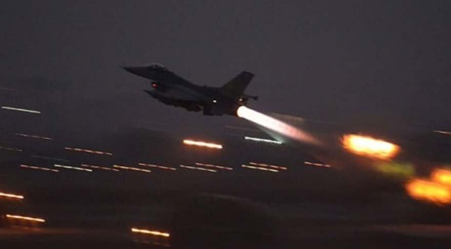 F-16 Savaş uçakları hem Ankara'da hem de İstanbul'da darbecilerin kontrolünde hareket etti.