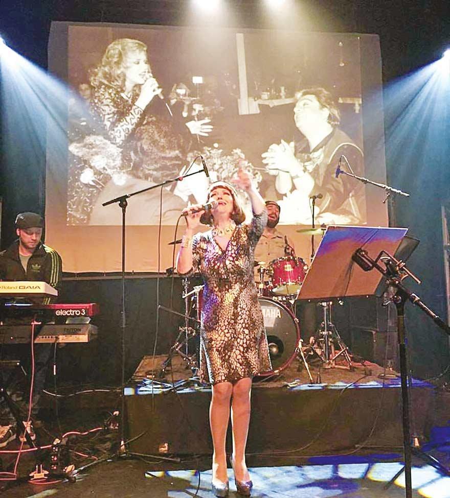 gulden-karabocek-almanya-konseri-2015-1