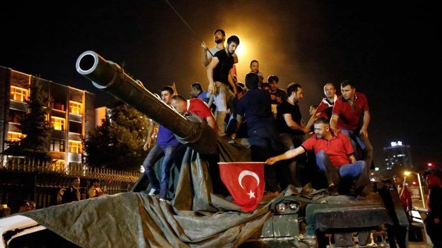 15 Temmuz Destanı: Kayıtsız şartsız demokrasi