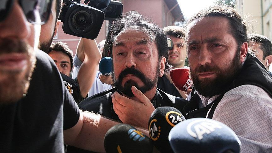 Adnan Oktar avukatından bunları istedi