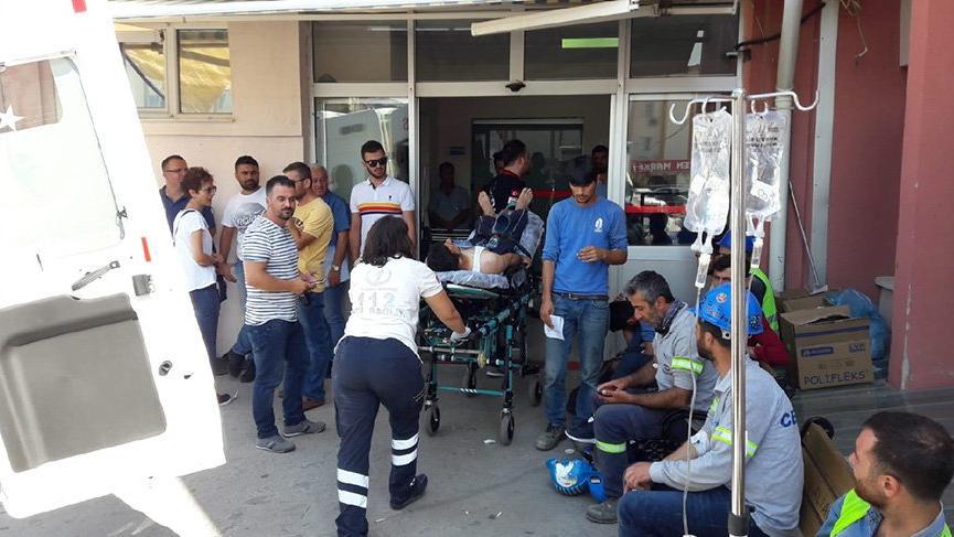 Aliağa'da 700 işçi, gıda zehirlenmesi şüphesiyle hastaneye kaldırıldı